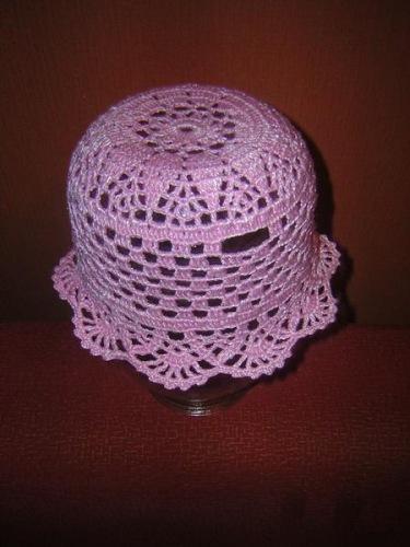Вяжем крючком летние шапочки-панамки
